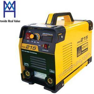 Thông số Specification HK 215 Điện áp vào (V) Input Voltage (V) 1 pha 220V ± 15% Công suất đầu ra (KVA) Power Output (KVA) 7.6 Dòng điện ra (A) Output Intensity (A) 40 - 215 Điện áp ra (V) Output Voltage (V) 70 - 80 Hiệu suất Efficiency 85% Trọng lượng (Kg) Weight (Kg) 6 Sử dụng que hàn (mm) Welding stick (mm) 2.6 - 4.0